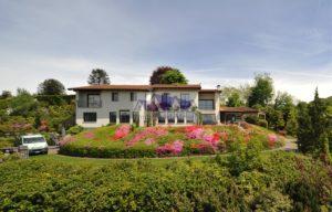 Exklusive Villa am Lago Maggiore (Ostufer) bei Luino in Italien mit vollkommener Panorama-Seesicht_